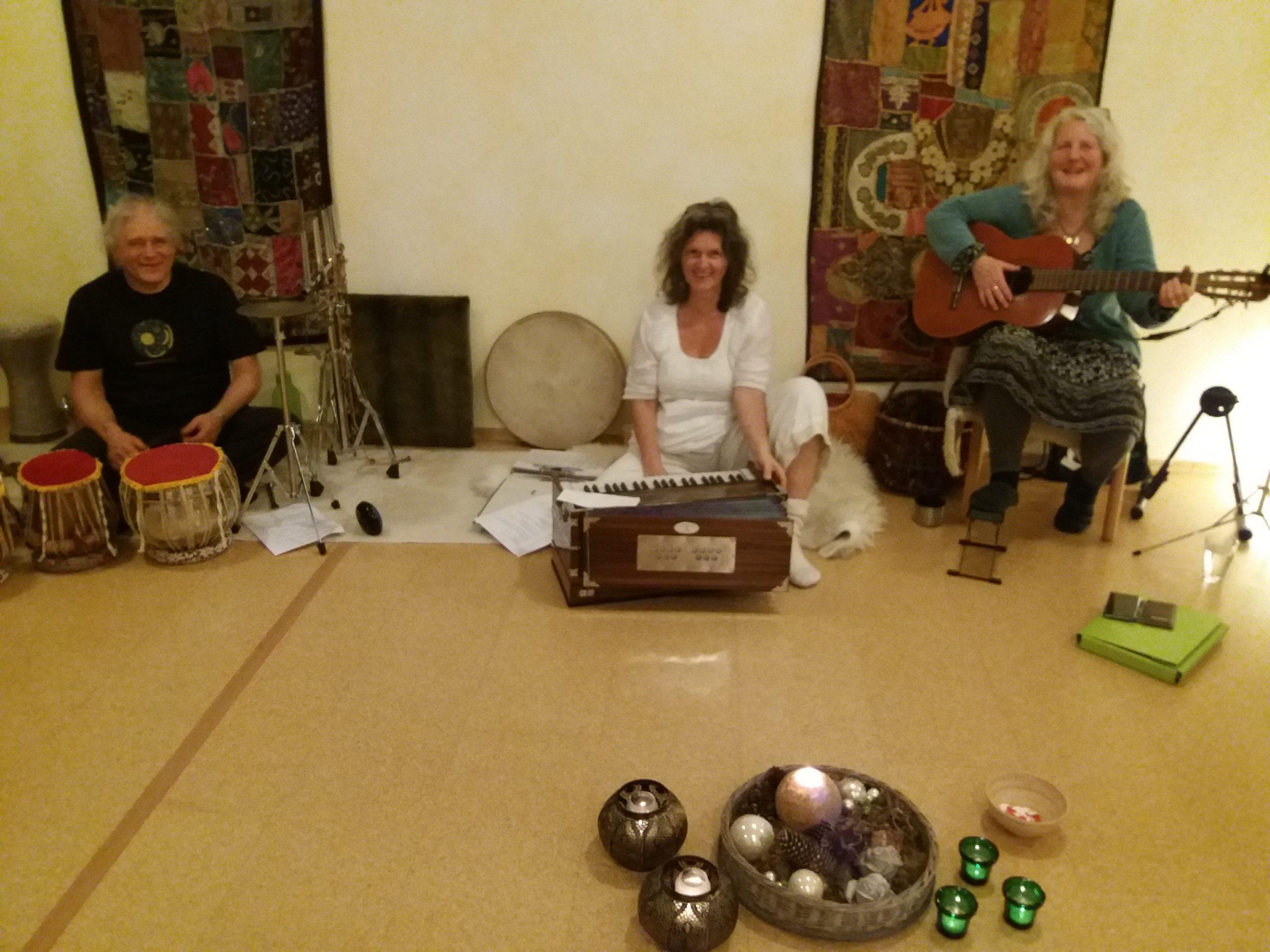 DanceSing Mantras